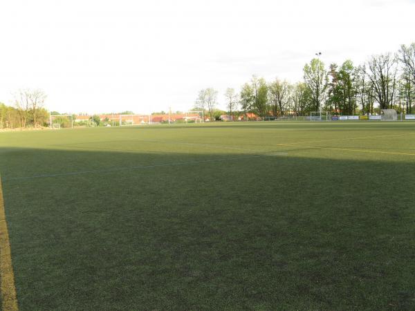 stadion_frankenfurt_1_20070607_1666784535
